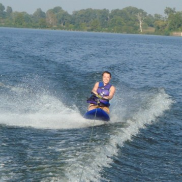 Expert Tips on How to Get Up on a Kneeboard