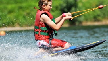 Best Kneeboard Reviews: Our Top Picks For All Levels