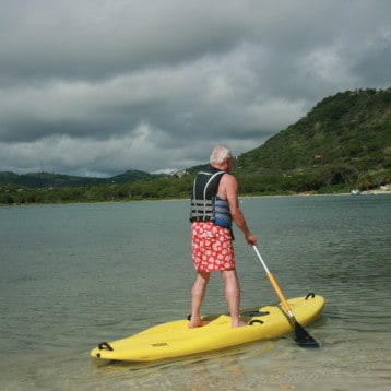 5 Pro Tips for Beginners Learning to Paddle Board
