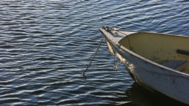 Going Deep: How to Anchor a Boat in Deep Water